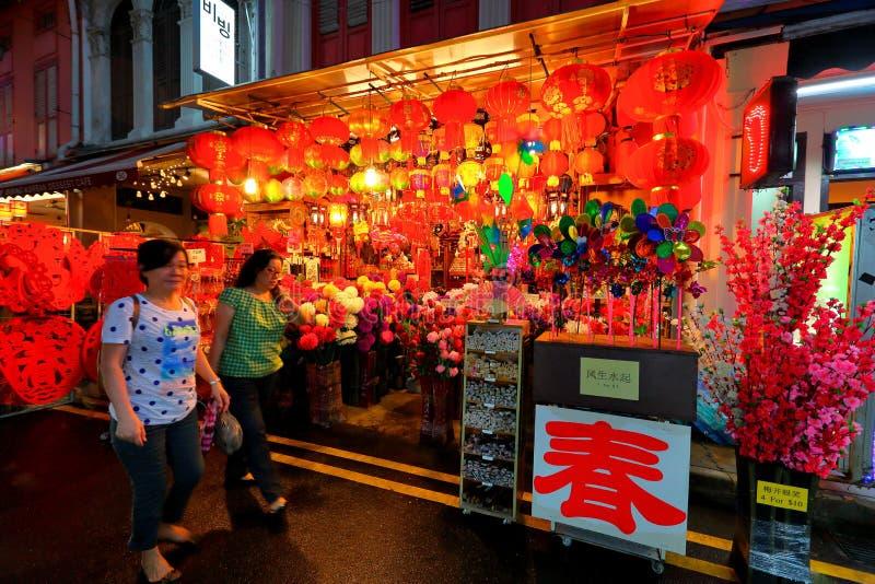 Acquisto lunare cinese del nuovo anno di Singapore Chinatown fotografia stock libera da diritti