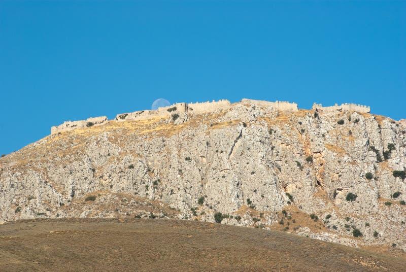acrocorinth stärkt greece berg royaltyfria foton
