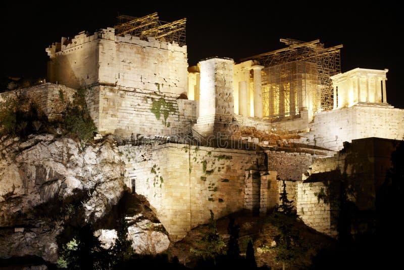 Acropoli di Atene entro la notte La Grecia immagine stock libera da diritti