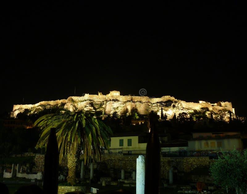 acropolis exponerad natt royaltyfri foto