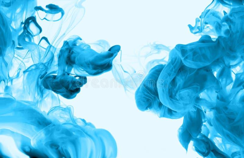 Acrylfarben im Wasser entziehen Sie Hintergrund stockfotografie