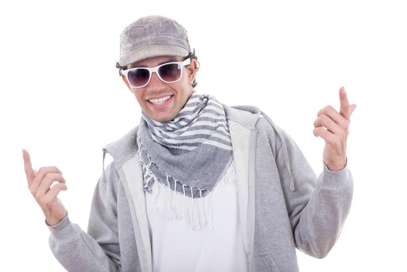 Actieve mens in sport die sweatshirt en GLB met zonnebril dragen royalty-vrije stock foto