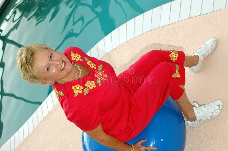Actieve Oma royalty-vrije stock fotografie