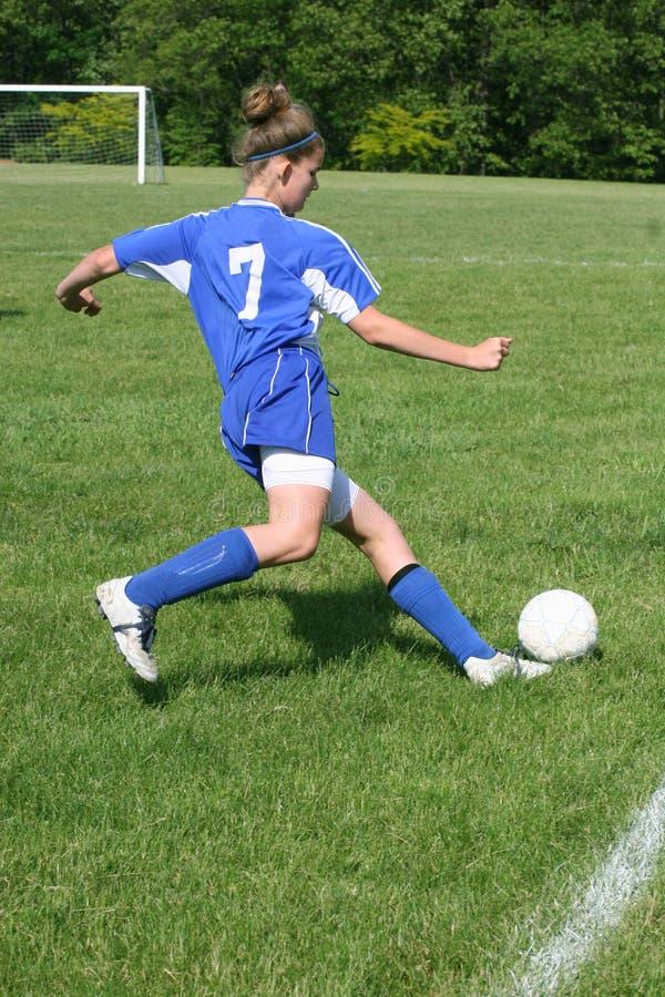 Action de l'adolescence 7 du football de la jeunesse photo stock