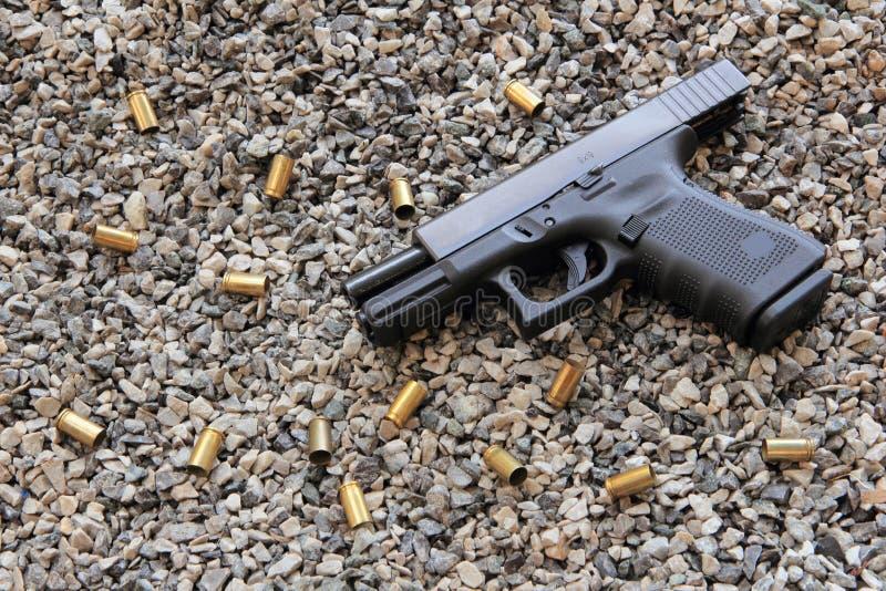 Action sûre avec une arme à feu photographie stock