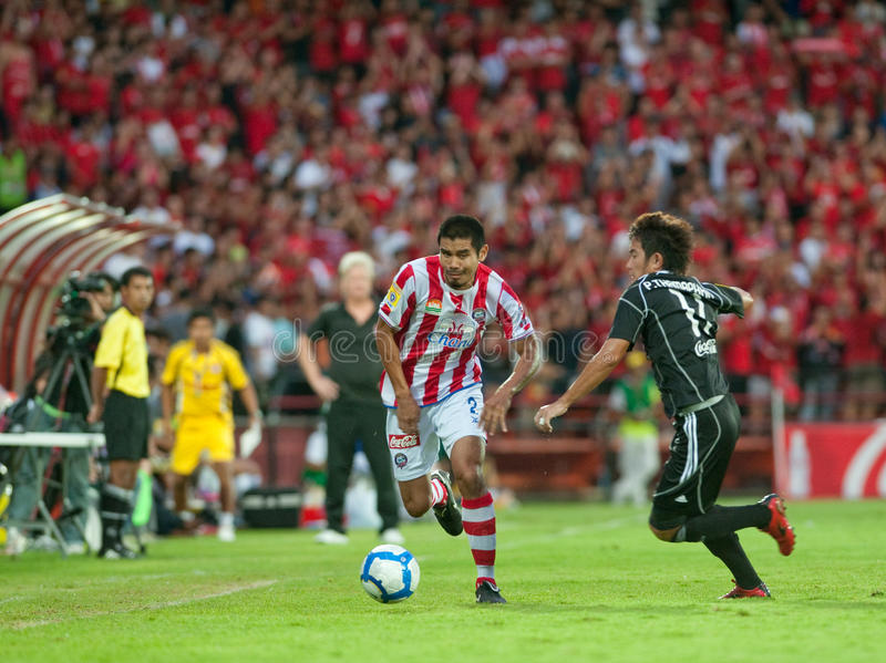 Download Action In Thai Premier League Editorial Stock Photo - Image of kick, feet: 14518498