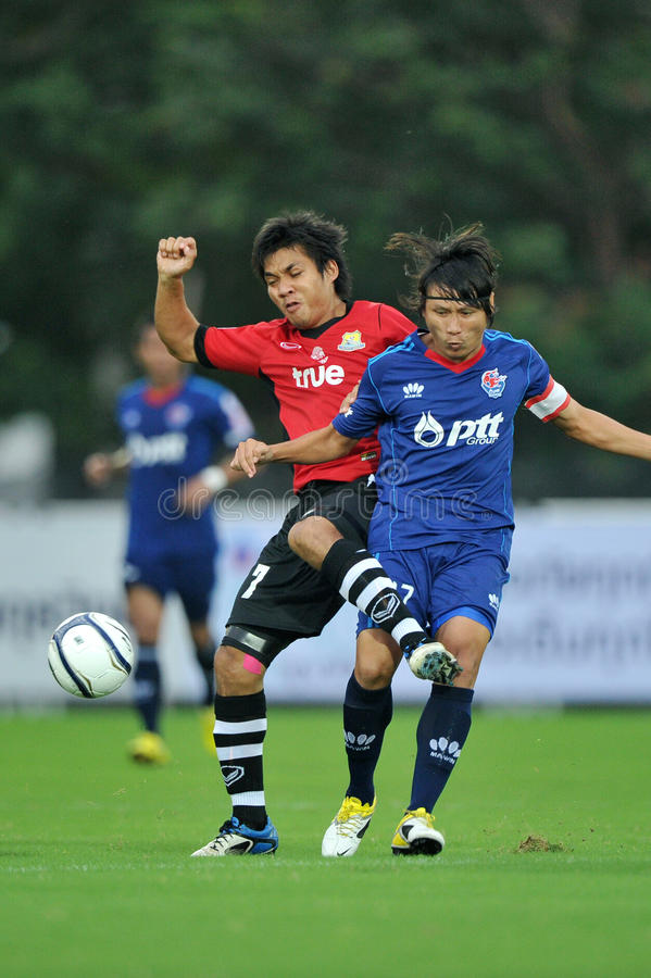 Download Action In Toyota League Cup 2011 Editorial Stock Photo - Image: 20245633