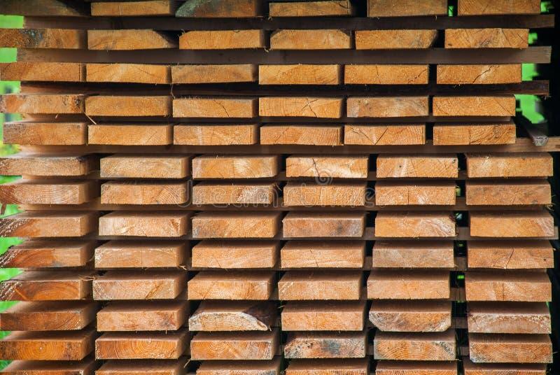 Actions d'usine et panneau en bois de bois de charpente images libres de droits