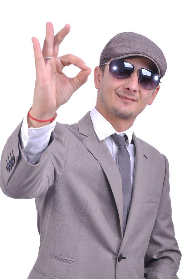 https://thumbs.dreamstime.com/b/actitud-positiva-del-hombre-de-negocios-35009646.jpg