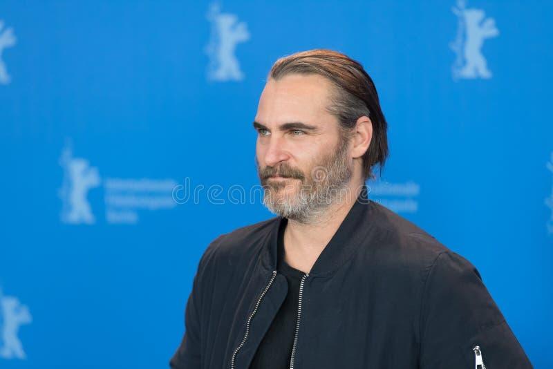 Actitudes de Joaquin Phoenix del actor durante Berlinale 2018 imagenes de archivo
