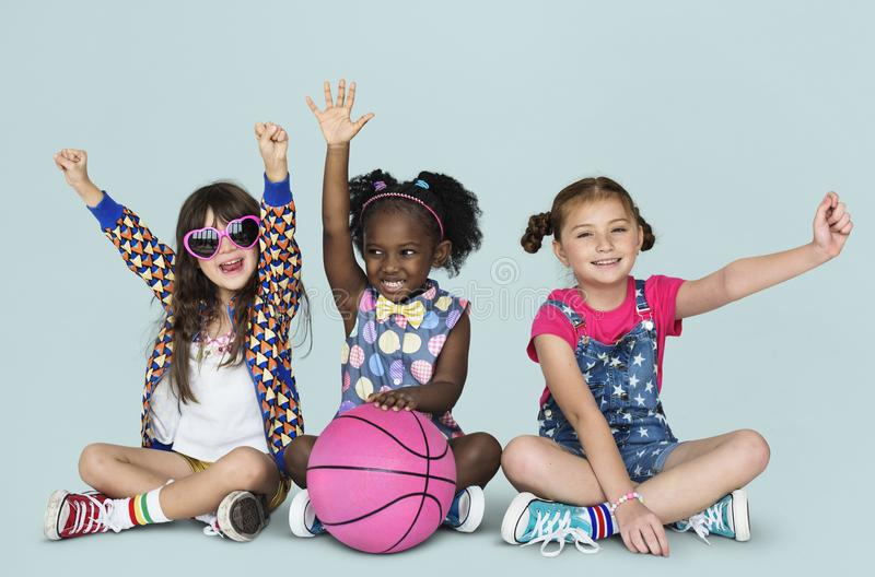 Active баскетбола спорт маленьких детей стоковое изображение rf