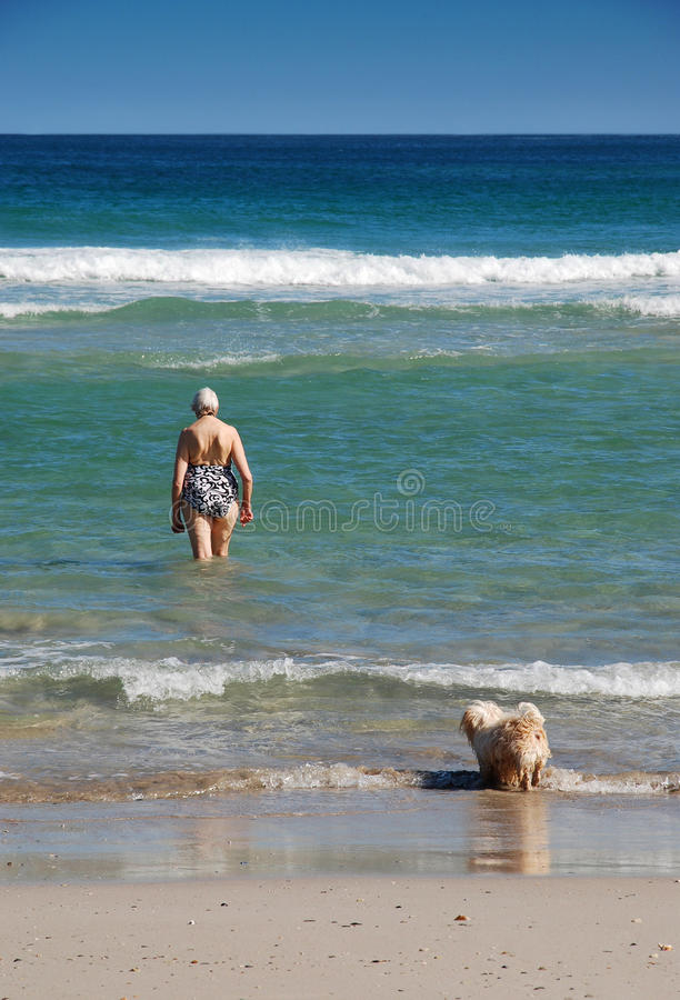 Free Active Senior Woman Going For Swim Stock Images - 14871124