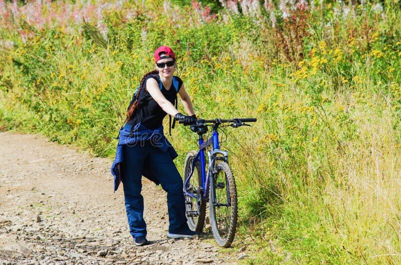 Actividad al aire libre bicycling imagen de archivo libre de regalías