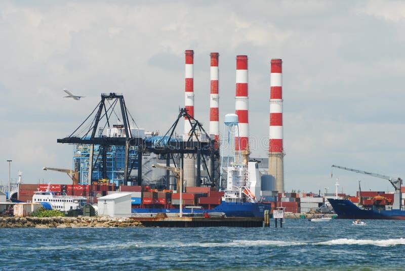 Actividad portuaria de los marismas fotografía de archivo