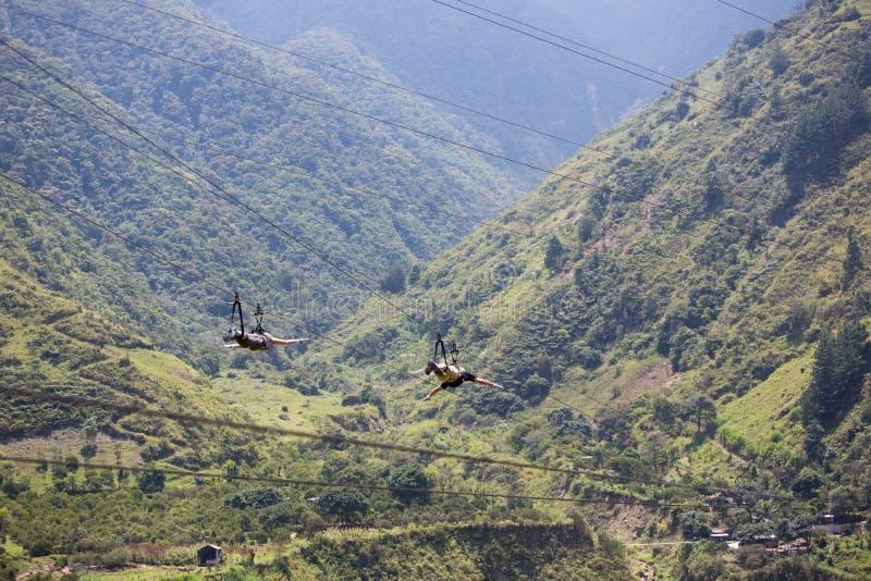 Actividades del toldo en Banos, Ecuador imagen de archivo libre de regalías