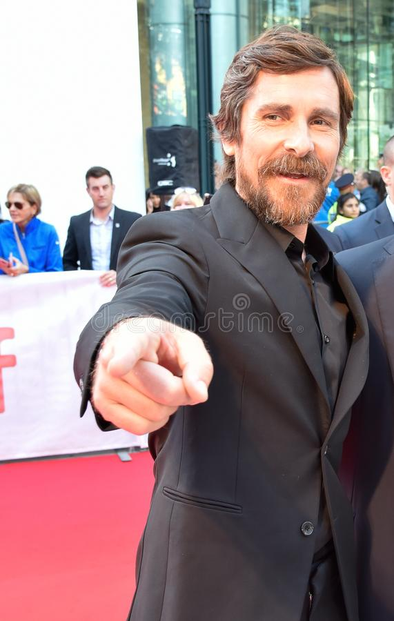 Actor Christian Bale vid filmpremiären Ford mot Ferrari vid Toronto International Film Festival 2019 royaltyfria bilder