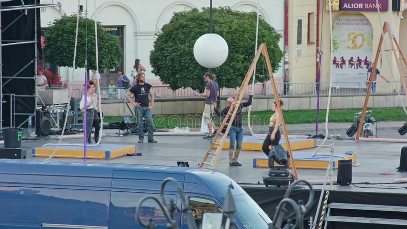 Actoren Repetitie van Galileo Show op Stadium royalty-vrije stock foto's