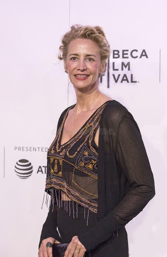 Actrice britannique célèbre Janet McTeer à la première 2017 de film de Tribeca du ` le ` d'exception photos libres de droits