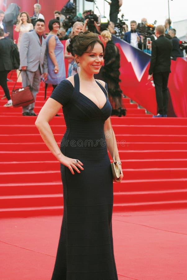 Actrice Ekaterina Rednikova au festival de film de Moscou images libres de droits