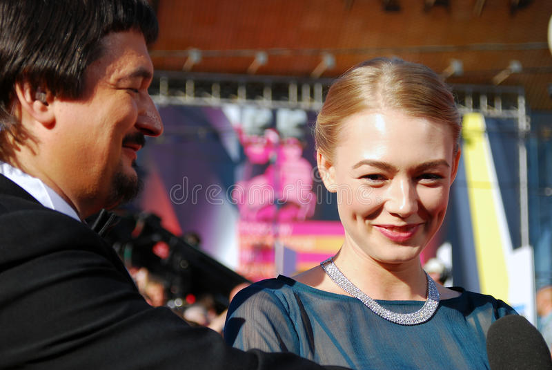 Actrice Oksana Akinshina bij de Filmfestival van Moskou stock foto's