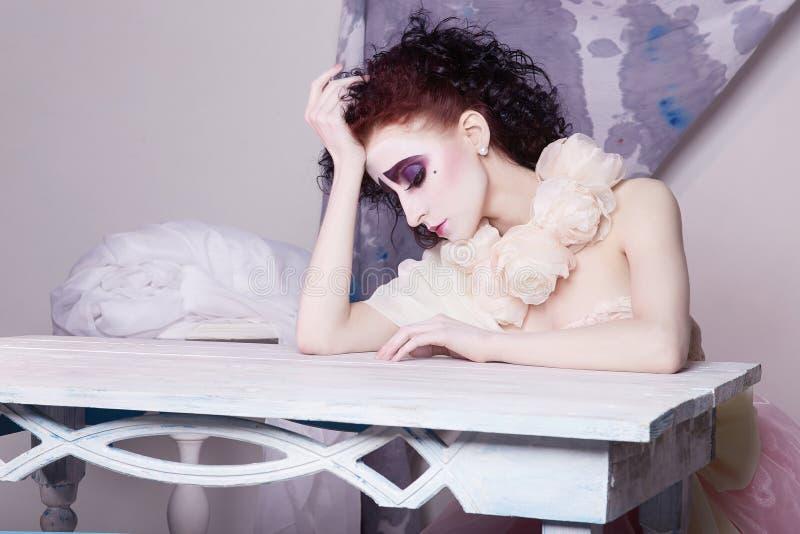 Actrice scénique de fille de beauté d'image photo libre de droits