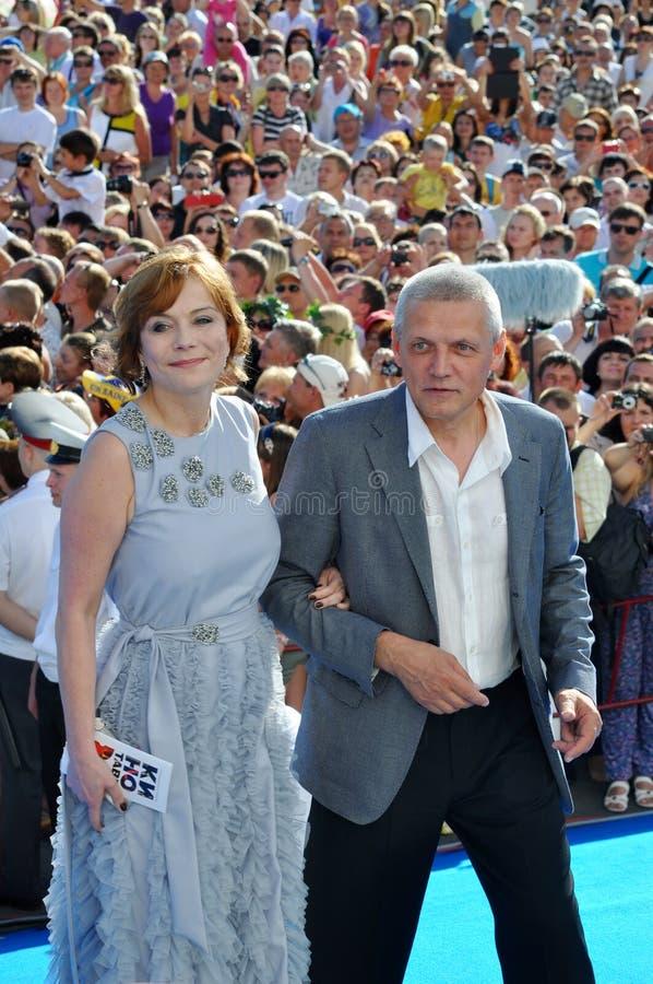Actriz Ekaterina Semenova y su marido imagen de archivo