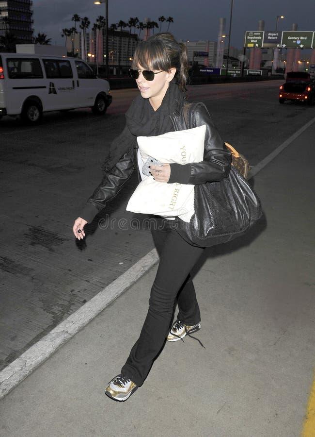 Actriz Jennifer Love Hewitt en LAX imagen de archivo libre de regalías