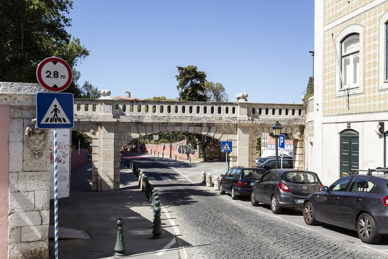Acueducto de Oeiras Arneiro fotografía de archivo