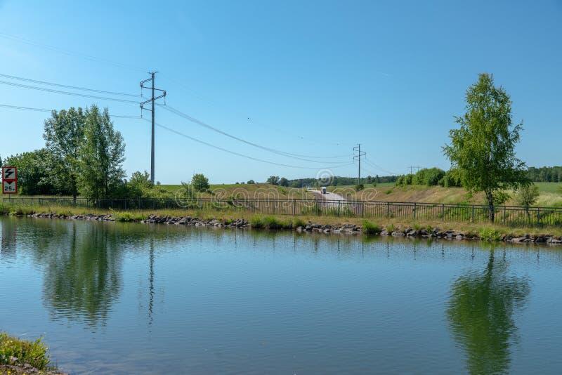 Acueducto en el canal de Gota en Suecia foto de archivo