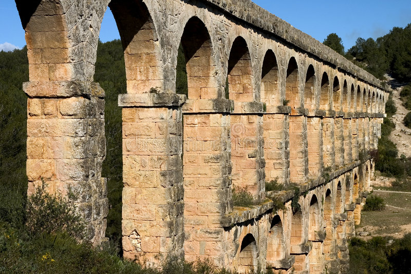 Acueducto romano fotografía de archivo libre de regalías