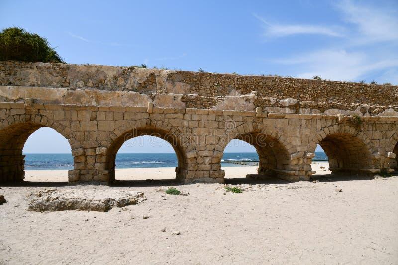 Acueductos romanos Caesarea Maritima Israel fotos de archivo