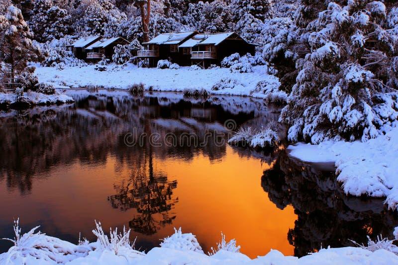 Acune la casa de campo de la montaña imagen de archivo libre de regalías
