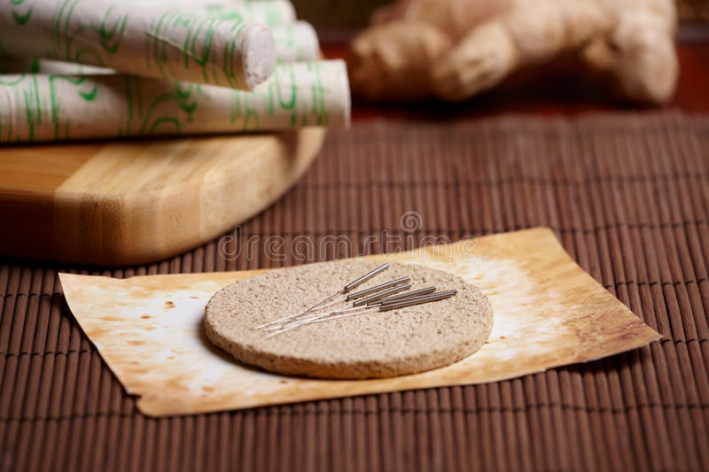 Download Acupuncture Needles, Moxa Sticks And Ginger Stock Image - Image: 22704267