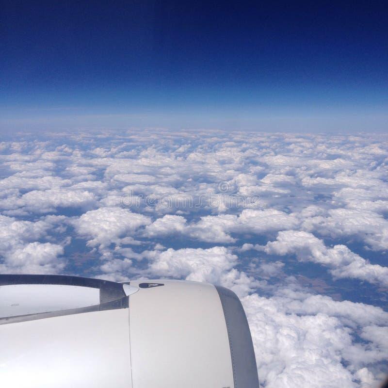 Ad un aeroplano fotografia stock libera da diritti