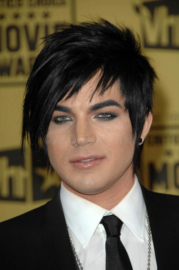 Download Adam Lambert redaktionelles bild. Bild von kritiker, lambert - 26357155