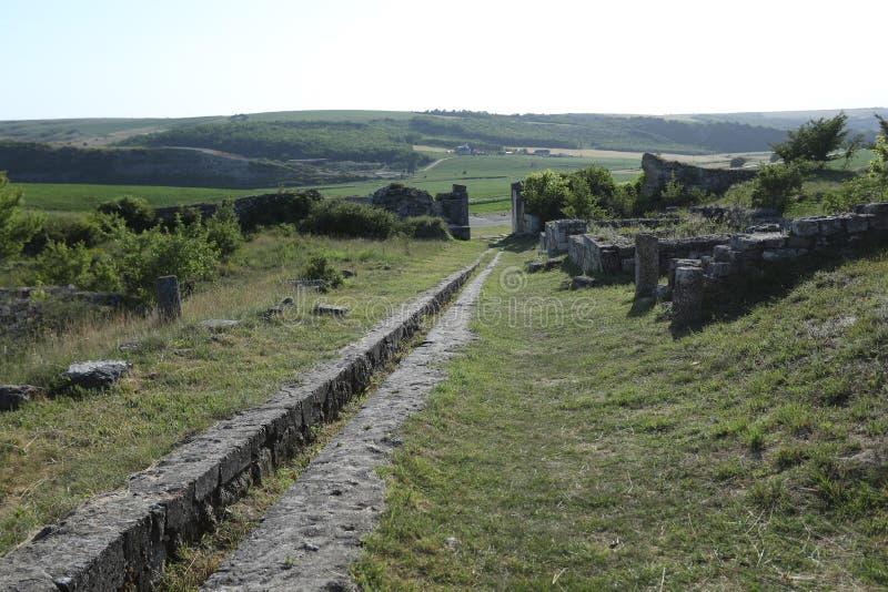 Adamclisi ruiny w Rumunia, ruiny zakończenia widok obraz royalty free