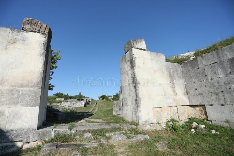 Adamclisi ruiny w Rumunia, ruiny zakończenia widok fotografia stock