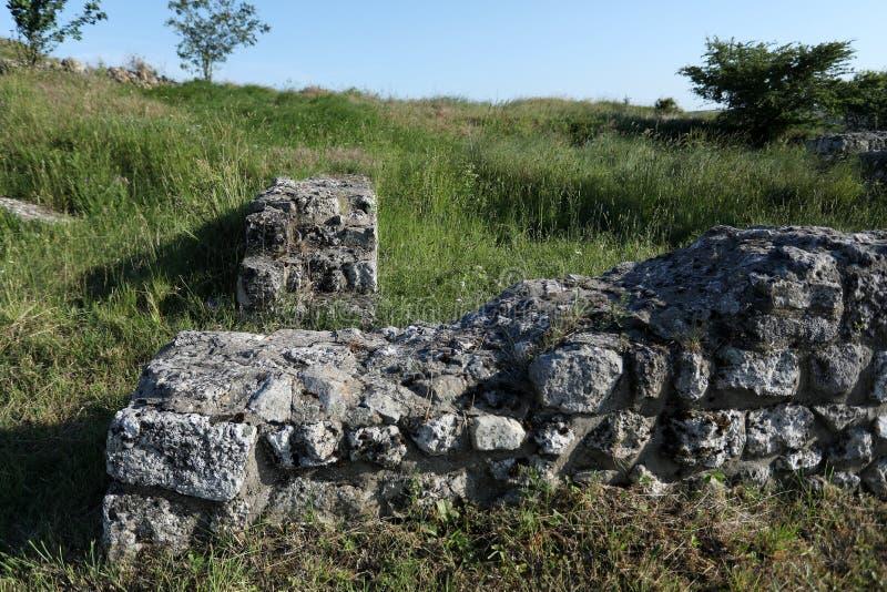 Adamclisi ruiny w Rumunia, zakończenie widok zdjęcia stock