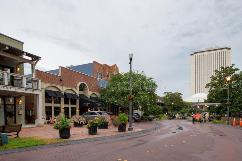 Adams-Straßen-Stadtzentrum Tallahassee FL lizenzfreies stockfoto