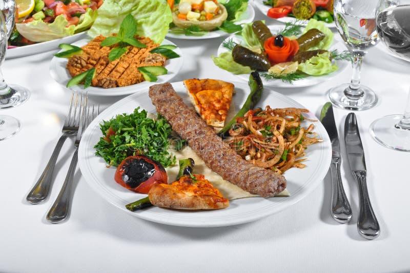 Adana kebap, gotujący mięso zdjęcia stock