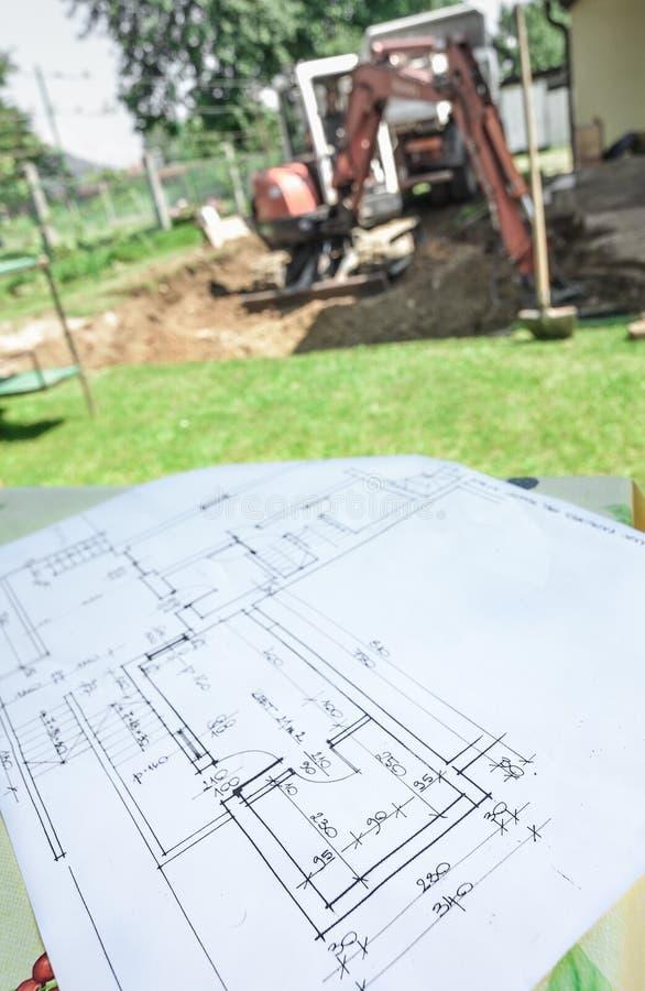 Adaptação, renovação, construção da casa de acordo com o archi fotografia de stock royalty free