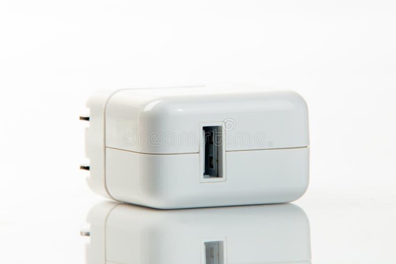 Adaptador do poder de USB isolado foto de stock