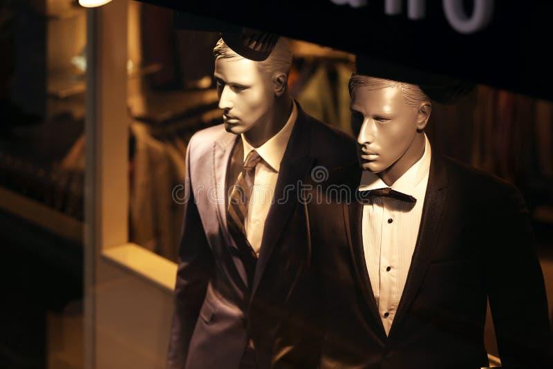 Adatti il boutique e modelli o manekens nella città di Istan immagini stock libere da diritti
