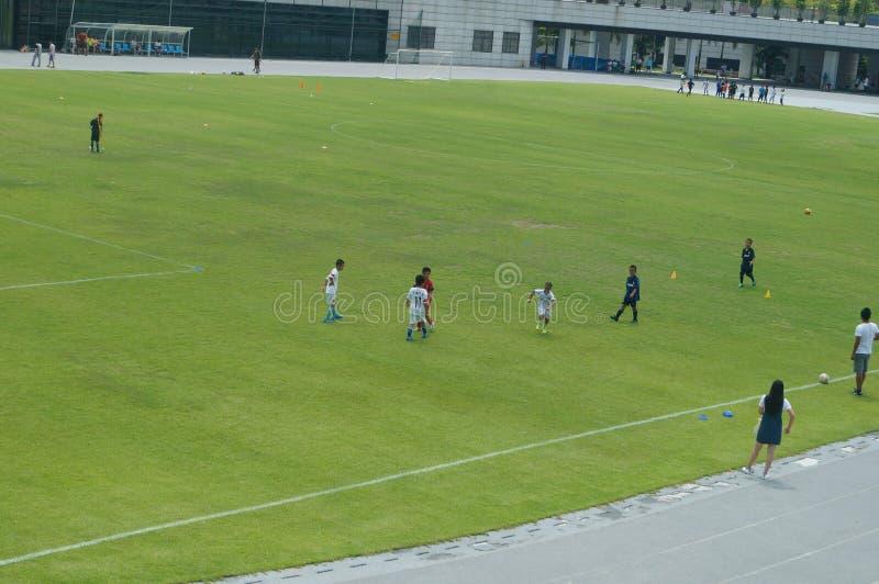 Download Addestramento Cinese Del Calcio Dei Bambini Fotografia Editoriale - Immagine di esercitazione, addestramento: 55362452