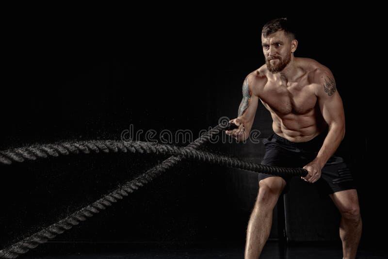 Addestramento di CrossFit corde fotografia stock