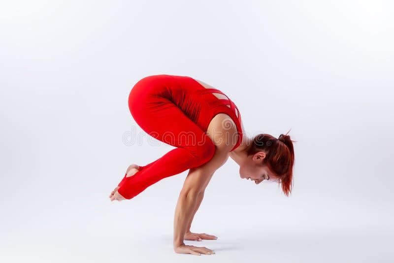 Addestramento per l'allungamento e l'yoga fotografie stock