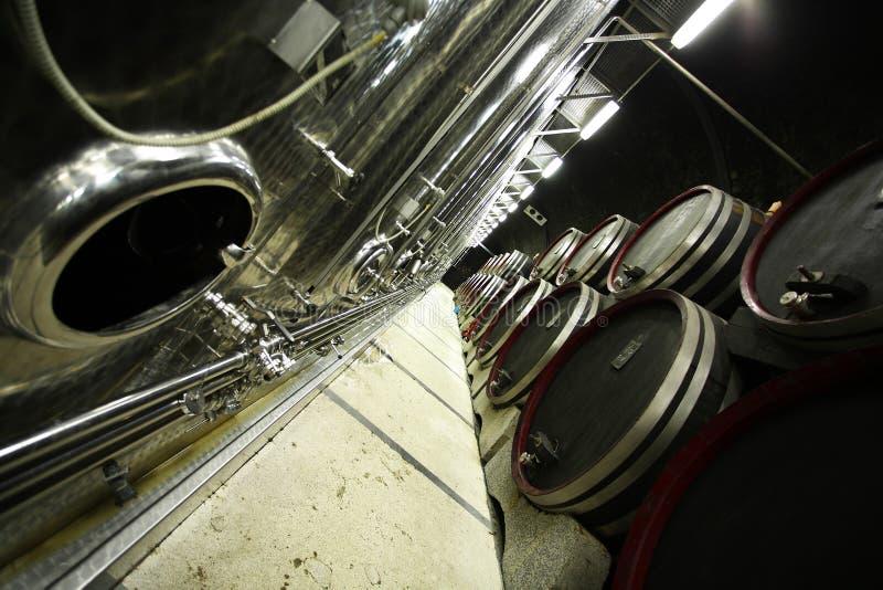 Adega de vinho moderna fotos de stock