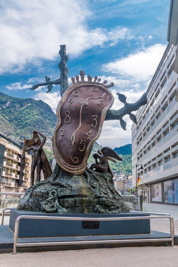 Adeln av Tid skulptur som göras av Salvador Dali royaltyfria foton