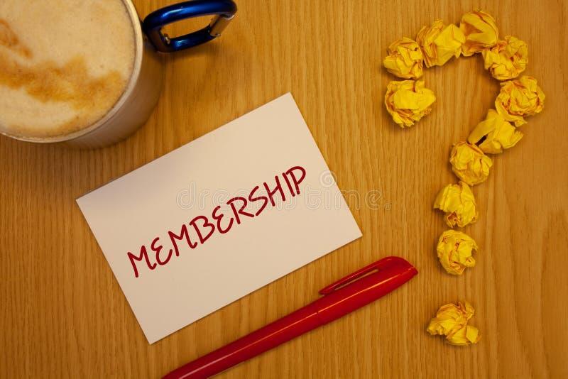 Adhésion des textes d'écriture de Word Le concept d'affaires pour être pièce de membre d'un groupe ou équipe joignent des organiz photo libre de droits