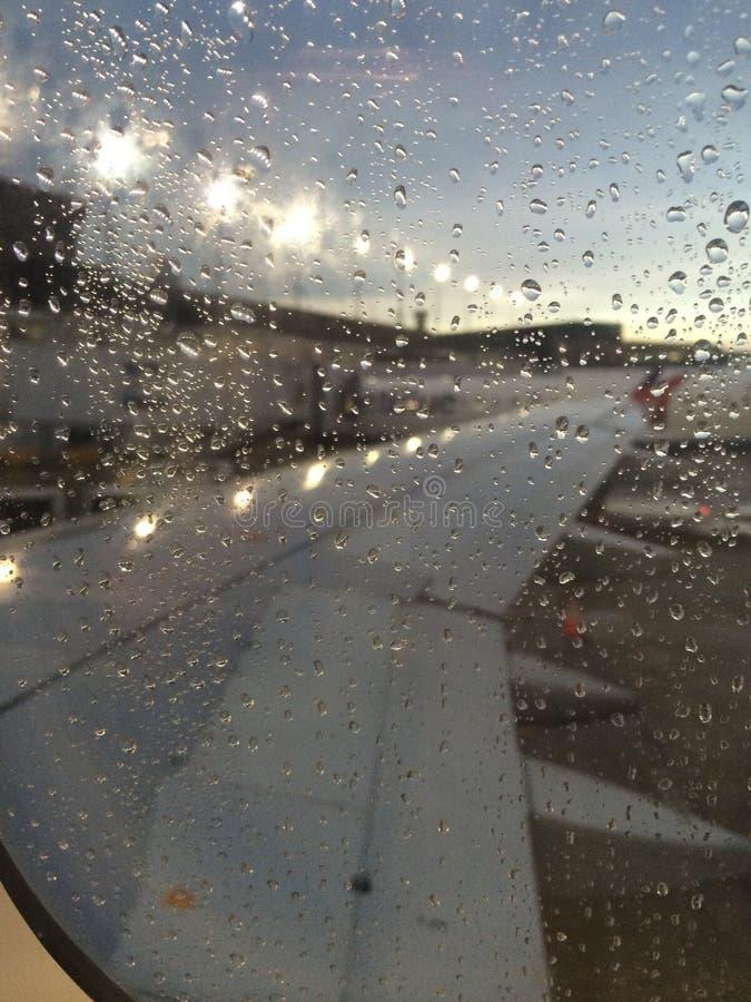 Adiós por gotas de la lluvia fotografía de archivo